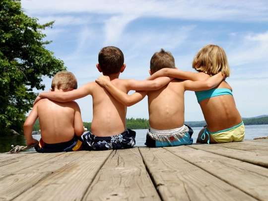 kids-on-dock2